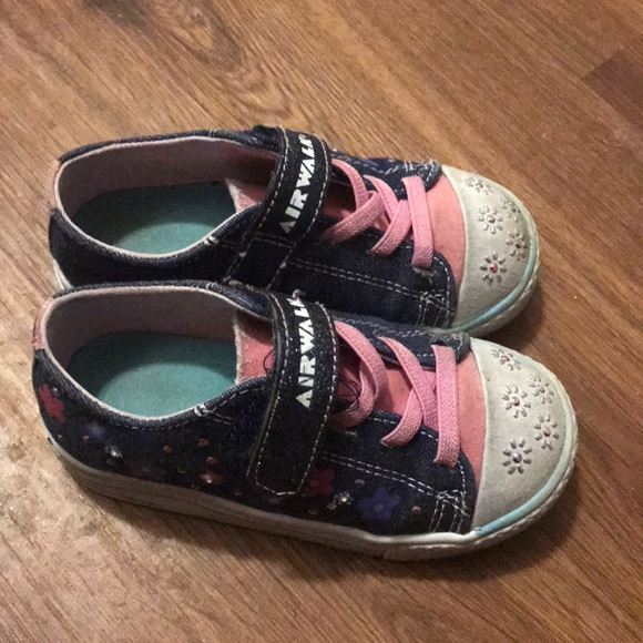 6f175127f612 Airwalk Other - Size 7 Light Up shoes for toddler girls